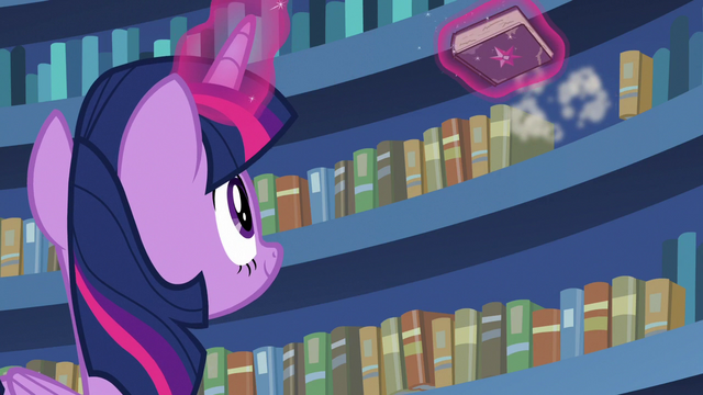 File:Twilight finds the friendship journal on the shelf S7E14.png