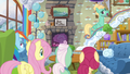 """Zephyr """"you made up my room the way I like it"""" S6E11.png"""