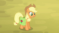 Applejack tells family to gather around S4E09.png