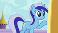 Minuette knocking on Twilight's door S5E12.png