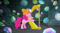 Pinkie Pie playing a harp S7E4