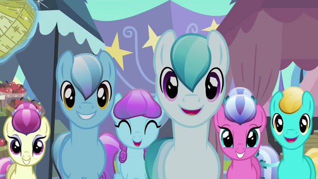 File:Pony crowd approaches Rarity S3E2.png