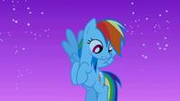 Rainbow Dash notices Twilight S1E02