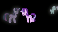 Starlight turns back to an adult; Twilight appears S5E26