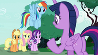"Twilight Sparkle ""she needs our support"" S7E19"