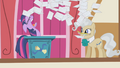 Twilight gives up S1E04.png