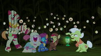 Cutie Mark Crusaders happily scared S5E21