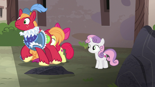 File:Dressed-up Big McIntosh approaching Sugar Belle S7E8.png