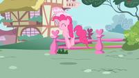 Pinkie Pie pick me pick me S2E13