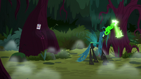 Queen Chrysalis carving Pinkie Pie's cutie mark S8E13