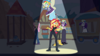 Sunset Shimmer monologuing on stage CYOE9c