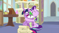 """Twilight """"can't think of anypony who'd be better"""" S9E20"""