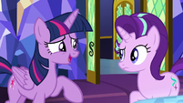 Twilight -she wanted to spread the word- S8E1