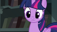Twilight notices the friendship journal S4E25