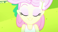 Fluttershy relaxedly closing her eyes SS14