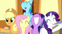 Main five appear in Sugarcube Corner S8E18