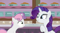Rarity encourages Sweetie Belle to eat ice cream S7E6