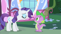 Rarity tells Spike how bad he smells S1E25