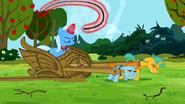 S3E05 Snips i Snails ciągną wóz Trixie