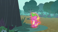 Spike still scratching himself uncontrollably S8E11