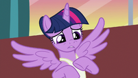 Twilight feeling sorry for Princess Celestia S7E10