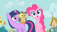 640px-Pinkie Pie being cartoonish S1E24