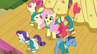 Fluttershy with Ponytones around her S4E14