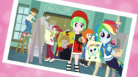Photo of Rainbow Dash and the art club EGDS4