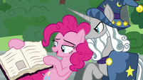 Pinkie shows Star Swirl the friendship journal S7E26