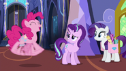 S06E21 Pinkie Pie podekscytowana