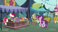 Sugar Belle in the Ponyville marketplace S9E23