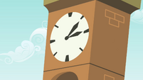 The clock S4E12