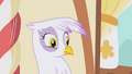 Gilda weirded out S1E05.png