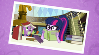 Photo of Twilight and Spike in the library EGFF