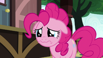 Pinkie Pie sad that Maud left Ponyville S7E4
