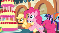 Pinkie looks at the Marzipan Mascarpone Meringue Madness S2E24