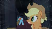 Rainbow Dash stops running S4E03