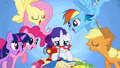 Rarity being overwhelmed with pressure S1E14.png