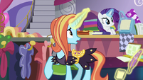 "Sassy Saddles ""Rarity, did we"" S7E6"
