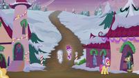 Snowfall and Spirit enter the village S6E8