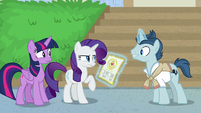 Student 1 talking to Twilight and Rarity S8E16