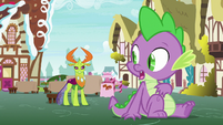 Thorax stands up out of his seat S7E15