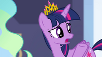 Twilight -couldn't one of the royal guard- S4E25