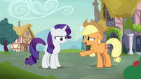 Applejack apologizing to Rarity S7E9