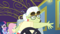 Granny Smith cuts the steering wheel left EGDS12.png
