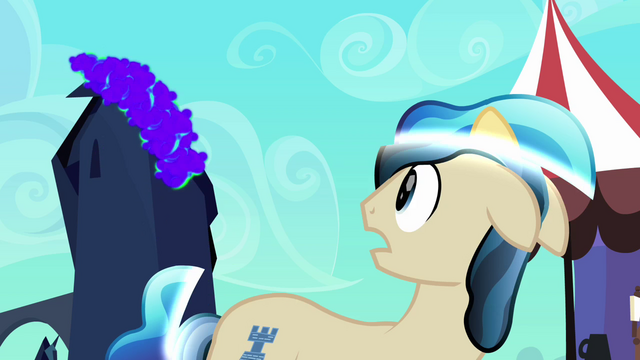 File:Ivory fears King Sombra's return S3E02.png
