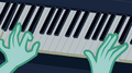 Lyra Heartstrings playing the piano EG2.png