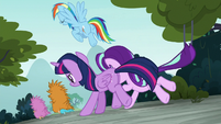 Main ponies chase off the last puckwudgies S8E2