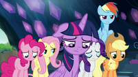 Mane Six looking utterly hopeless S9E2