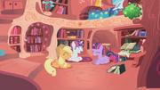 S01E08 Applejack, Rarity, i Twilight śmieją się